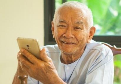60岁左右的老年人可以做哪些兼职赚钱?这些工作适合老年人